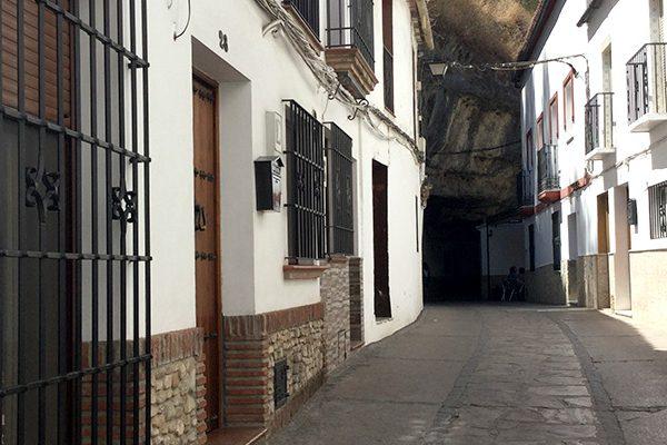turismo-setenil-bodegas-web-14-apartamento-TAJOS-SETENIL2